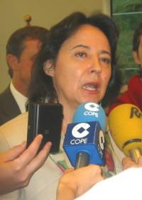 Министр общественных работ и транспорта Совета, принимает участие в пресс после инаугурации COAC III