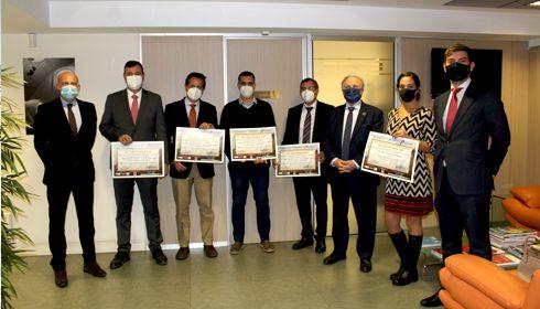 Die FAEC hat den VIII. Internationalen Preis für Straßeninnovation Juan Antonio Fernández del Campo verliehen